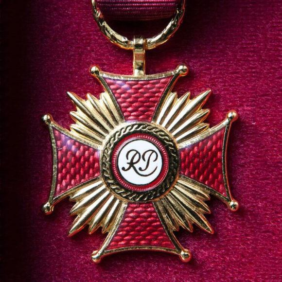 Złote Krzyże Zasługi